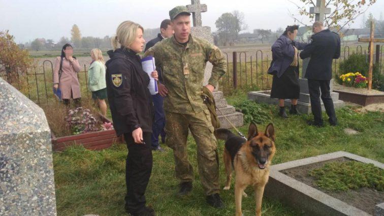 Тіло викинули на цвинтар: під Одесою по-звірячому вбили вчителя