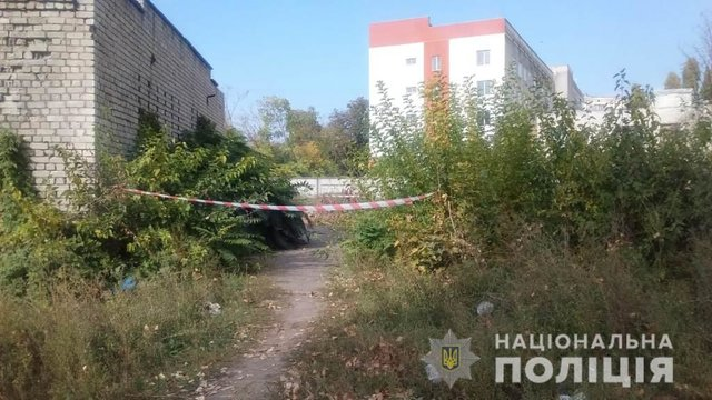 Лежала зі зв'язаними руками: В Одесі в покинутому підвалі знайшли тіло жінки