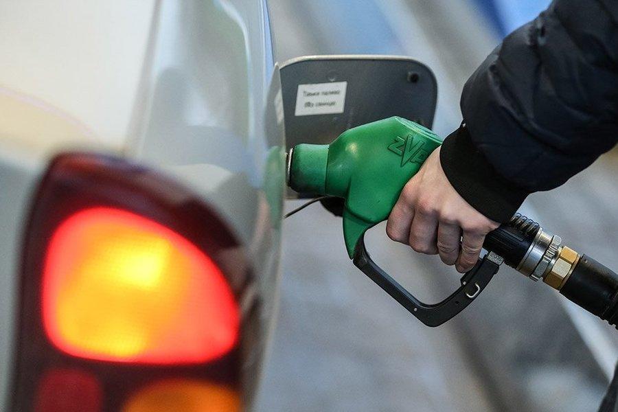 Це ще не межа! На українців чекає різке подорожчення ціни на бензин