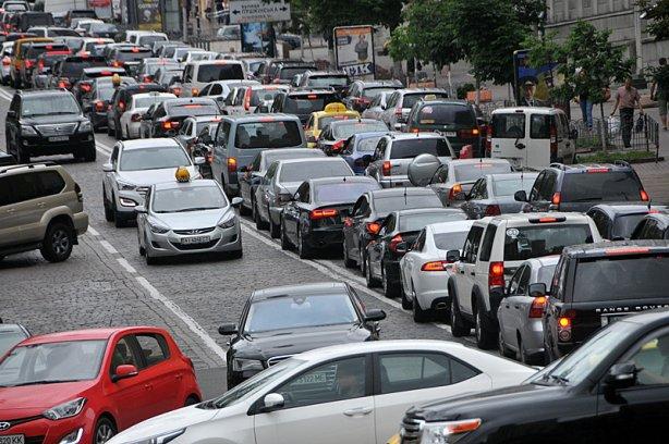 Паркувальні місця по-новому: що зміниться для українців