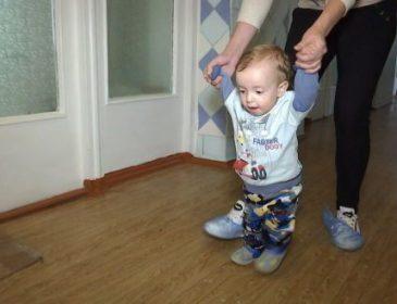 Життю дитини загрожує небезпека: Маленькому Сашку потрібна термінова допомога