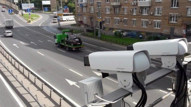 Покарання не уникнути: на дорогах запрацювала нова система контролю, водіям буде непереливки