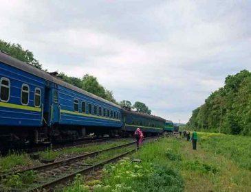 Жахлива трагедія в Україні: на залізниці зіткнулись потяги, є загиблі