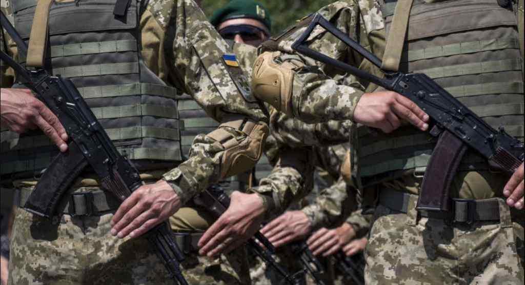 """""""Кремль планував війну з Україною на 2015 рік, але довелося напасти раніше"""": експерт зробив провокативну заяву"""