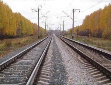Жахлива трагедія під Львовом: чоловік потрапив під поїзд