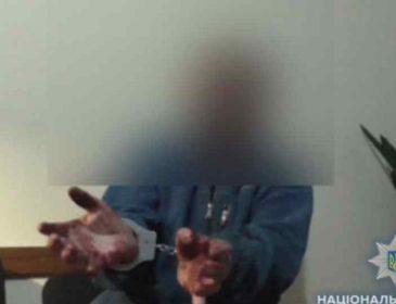Хлопчик у момент нападу спав: колишній дільничний зарізав власного сина