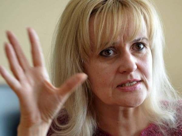 Фаріон накинулася на українців через мову Бандери: Чому я повинна давати гроші