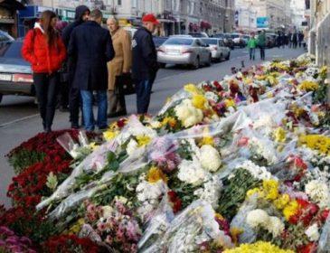 """""""Я її досі чекаю"""":Сьогодні роковина моторошної аварії в Харкові, яка забрала життя багатьох людей"""