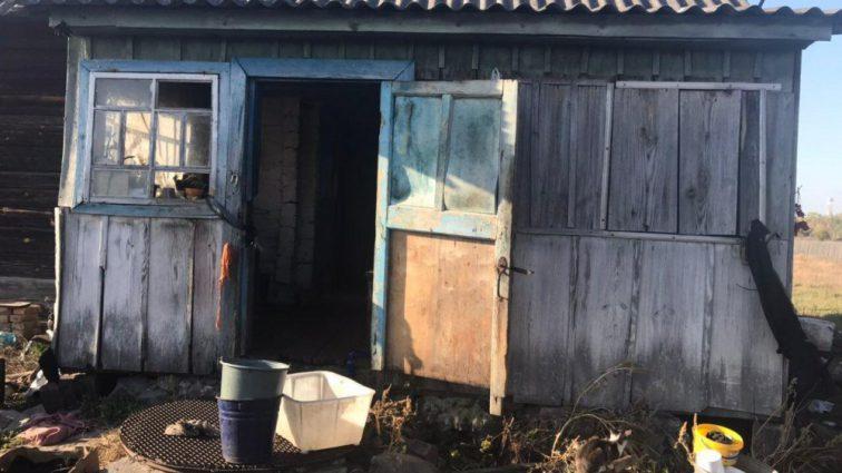 Поки мати пішла до магазину: На Рівненщині батько жорстоко вбив сина