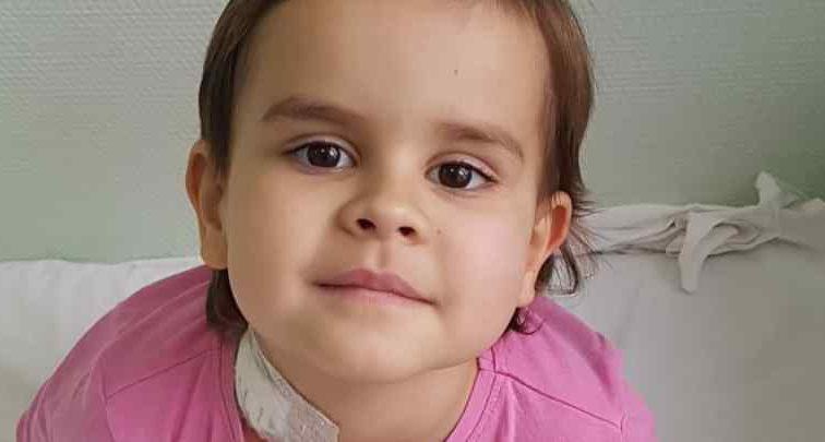 Майже два роки провела в лікарні через страшний діагноз: Маленькій Валерії терміново потрібна ваша допомога