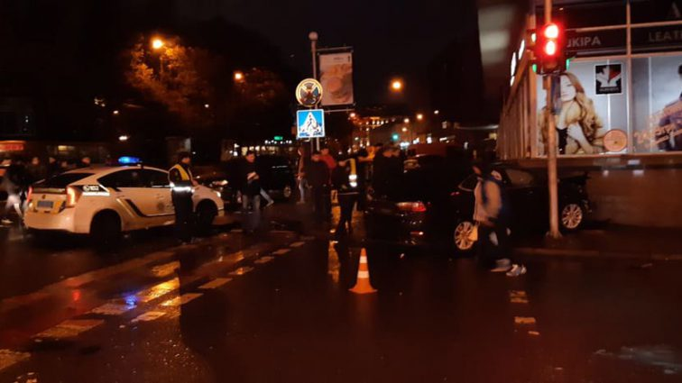 "Нова ""Зайцева"": Мажорка протаранила готель в центрі Львова"