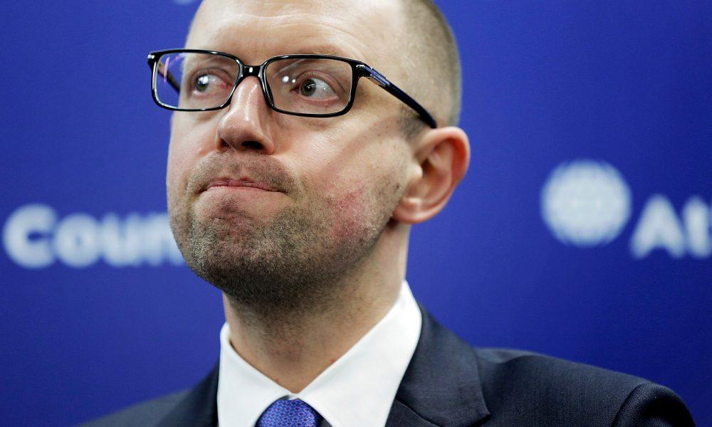 Яценюк публічно осоромився: невдалий піар перейшов всі межі