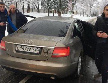 """""""Атошник йоб*ний!"""": Нахабні молодики  на авто з російськими номерами побили воїна"""