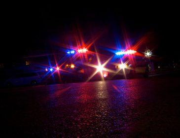 Поліція відкрила стрілянину в торговому центрі: постраждали невинні люди