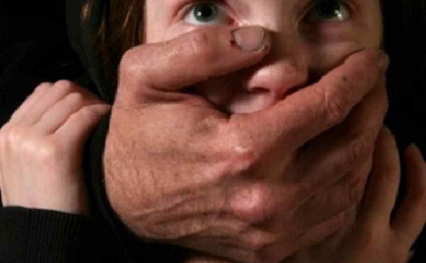 Поглумився і замкнув у котельні: чоловік викрав 9-річну дівчинку
