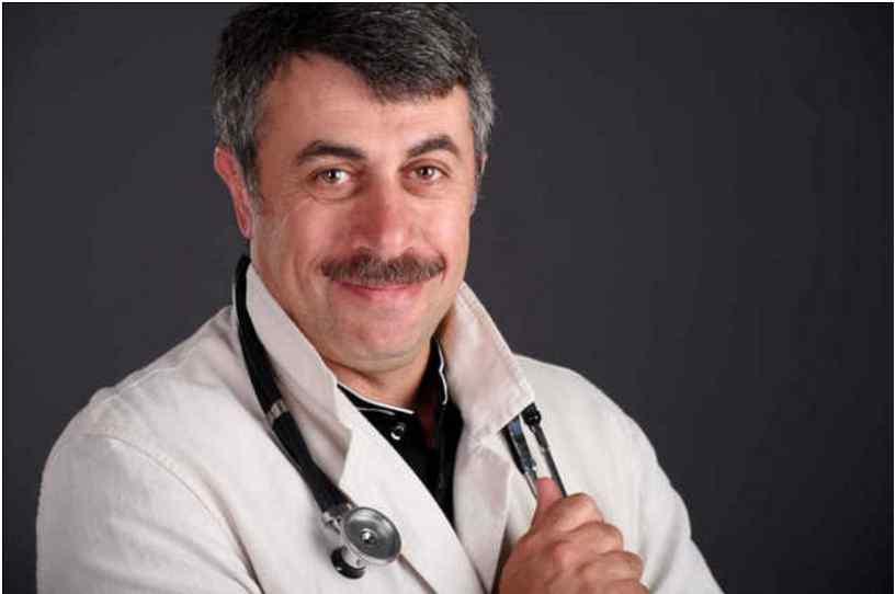 """""""Прирівнюється до вбивці"""": Комаровський різко висловився про вакцинацію"""