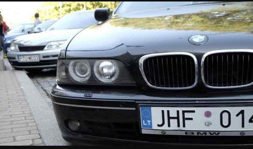 """Новий закон для """"єврономерів"""": скільки коштуватиме оформити авто"""