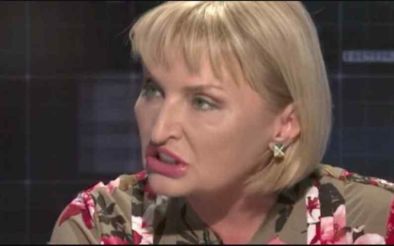 Наглості немає меж? Ірина Луценко виштовхала вагітну журналістку через незручне питання