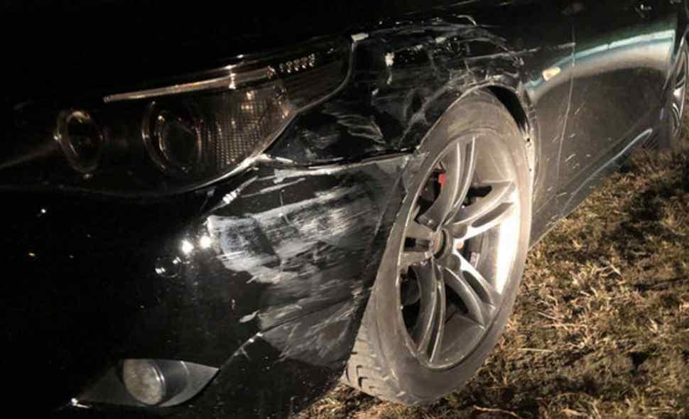 """Молодий чоловік помер на місці: водій BMW на смерть збив пішохода і """"накивав п'ятами"""""""