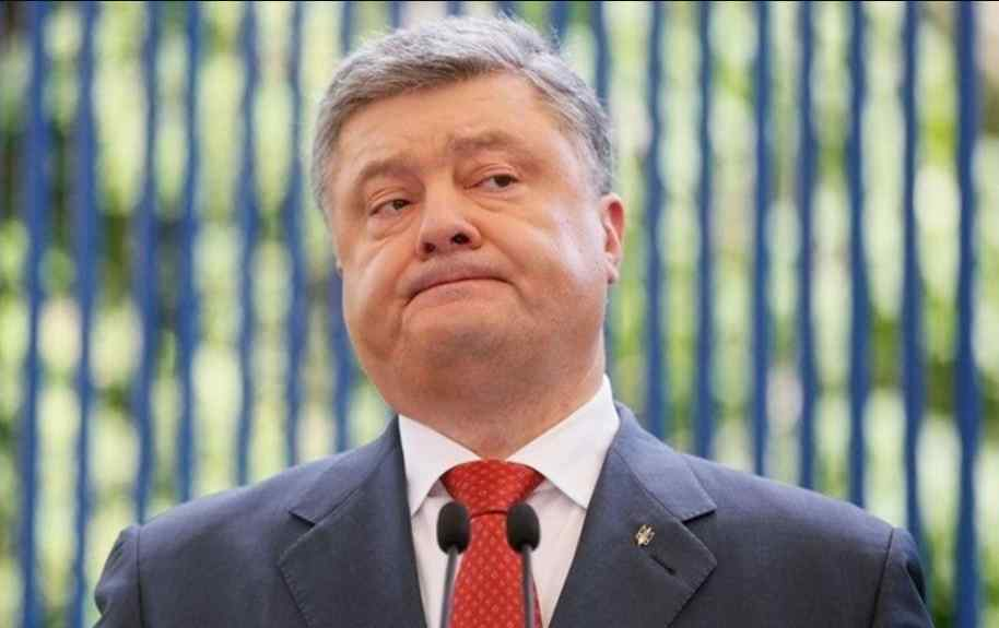 """""""Йому не на другий термін, а на """"гільйотину!"""": Блогер описав, у що перетворив Порошенко Україну"""