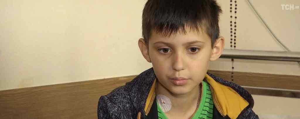 Єдиний шанс на порятунок: Родина 11-річного Дениса благає про допомогу