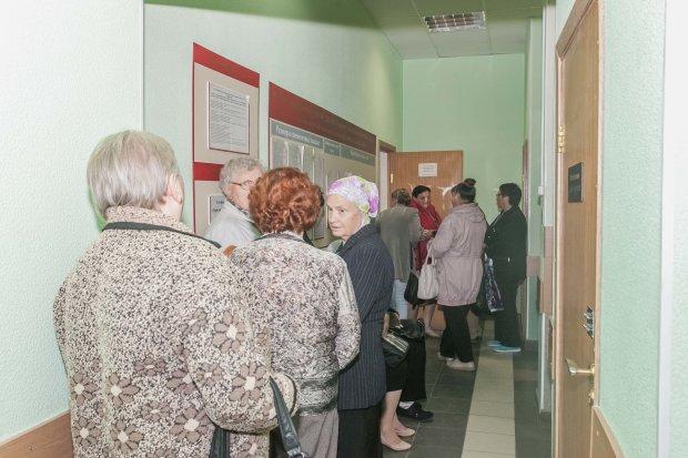 Уже нічим платити: українських пенсіонерів залишили напризволяще, що потрібно знати кожному