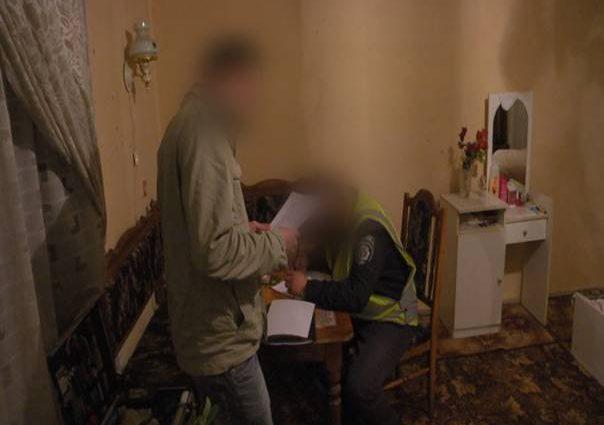 Святкували день народження онука: На Хмельниччині батько жорстоко вбив сина