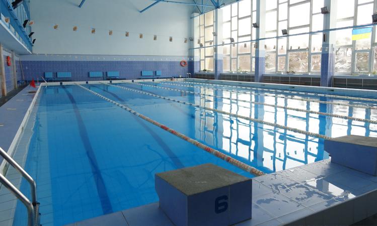Трагедія в одному з приватних басейнів: несподівано загинув чоловік