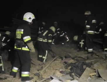 Будівля просто склалася всередину: Потужний вибух зруйнував два будинки в Херсоні, перші подробиці трагедії