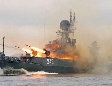 Росія відправляє військові кораблі в Чорне та Азовське моря: в ЄС готують нищівну відповідь