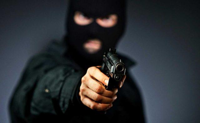 Бандити жорстоко побили і пограбували родину відомого українця: перші подробиці