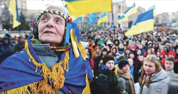 Президентом стане чоловік зі сходу, і вже за два роки в Україні буде мир: Відомі мольфари розповіли, що чекає на Україну