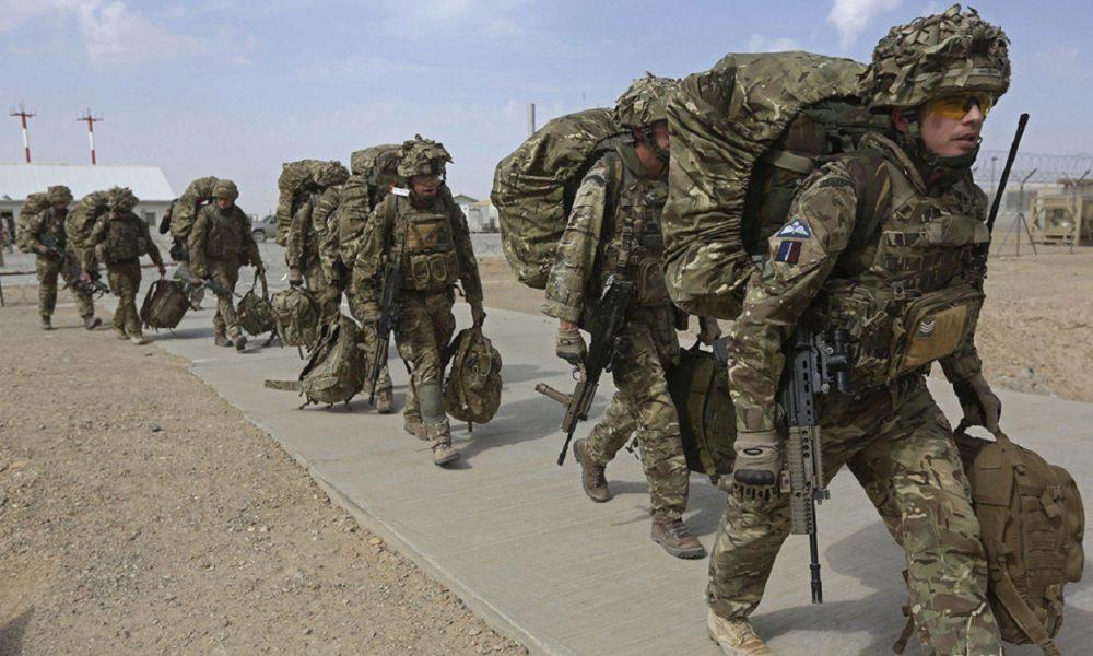 Британські військові готуються до відправлення в Україну: що відбувається