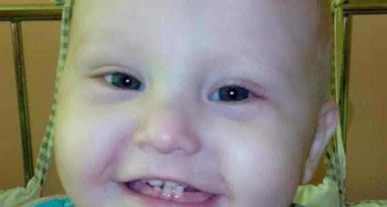 Важка хвороба поставила життя малюка під загрозу: Однорічний Володя потребує негайноЇ допомоги