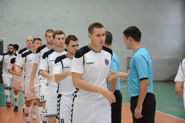 Вболівальники влаштували стрілянину по українським футболістам, перші подробиці інциденту