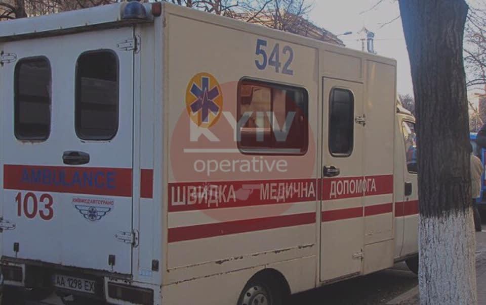 У Києві дитину в дитсадку вдарило струмом просто під час занять : перші подробиці