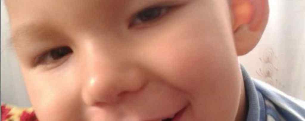 Хлопчику потрібне тривале лікування: допоможіть Миколці одужати