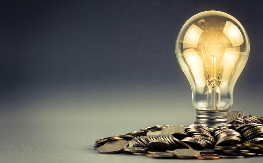 Вже з січня прийдуть нові платіжки і оплачувати електроенергію доведеться по-новому: все що необхідно знати українцям