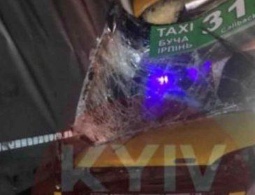 Пасажири опинилися в пастці: показали відео ДТП з автобуса у перші хвилини після зіткнення