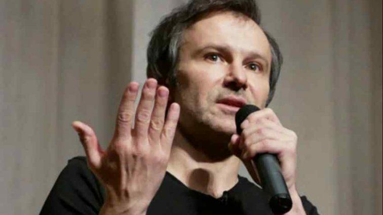Синдром Насірова: В Україні діє система влади, яка отруює країну,- Вакарчук видав розгромну заяву