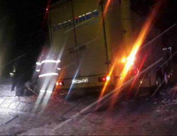 """""""Світла і вічна їм пам'ять"""": В ДТП під Львовом загинули троє українських військових, зовсім юні"""