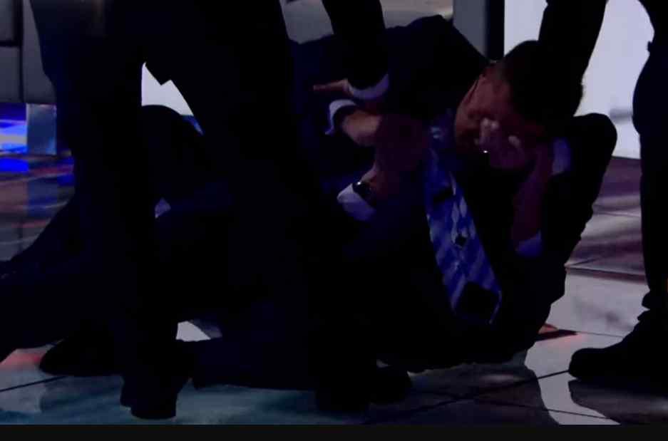"""""""Уб'ю тебе, бл*дь!"""": Соратник Ляшка влаштував жорстоку бійку в прямому ефірі"""