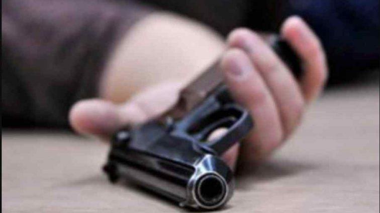 Чорна середа: чоловік вистрілив з пістолета собі в голову прямо на роботі