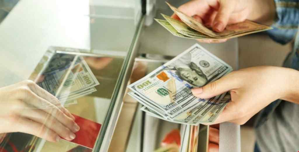 Українці купуватимуть валюту по-новому: що зміниться і коли