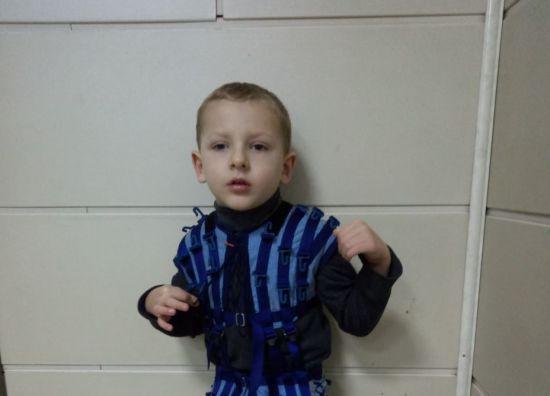 Дитині потрібна реабілітація: станьте Миколаєм для маленького Станіславчика
