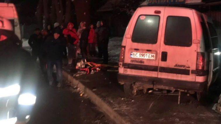Фатальна ДТП на Львівщині: Вантажівка на шаленій швидкості зіткнулась з легковиком, є жертви