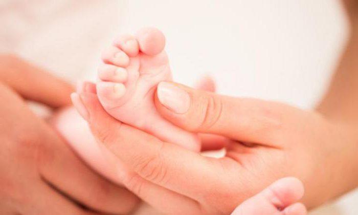 """""""Лікар ледве тримався на ногах через алкоголь"""": У Вінницькій через халатність лікарів померло немовля"""