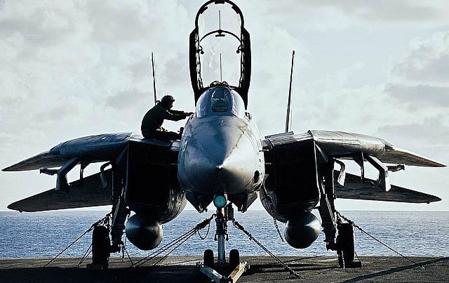 Велика кількість літаків НАТО буде піднято у повітря. Оборона!