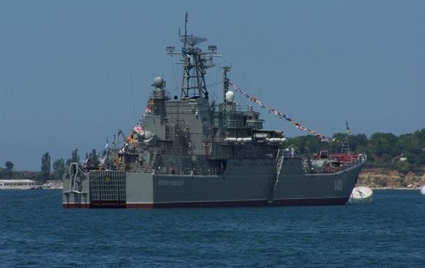Наші військові кораблі підуть через Керченську протоку! Гідна відповідь