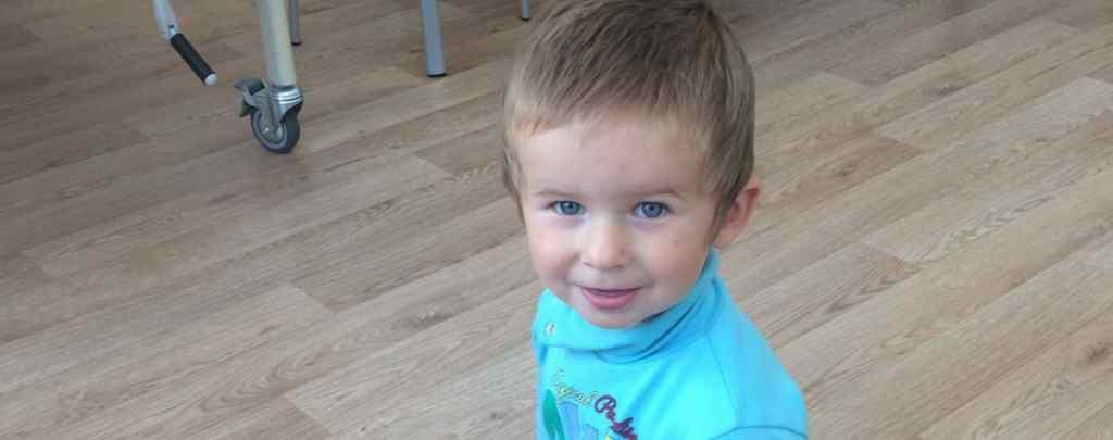 Хлопчик переніс вже 6 операцій: допоможіть маленькому Іллі здолати патологію